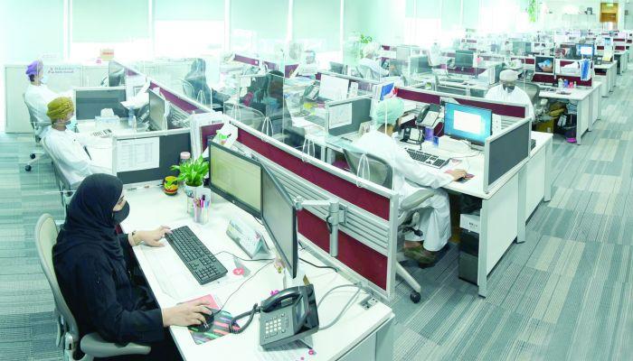 أكثر من 3500 موظف عماني وعمانية يعملون في بنك مسقط