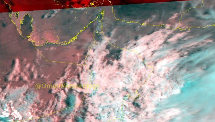 الأرصاد: استمرار تدفق السحب مع فرص لهطول أمطار متفرقة