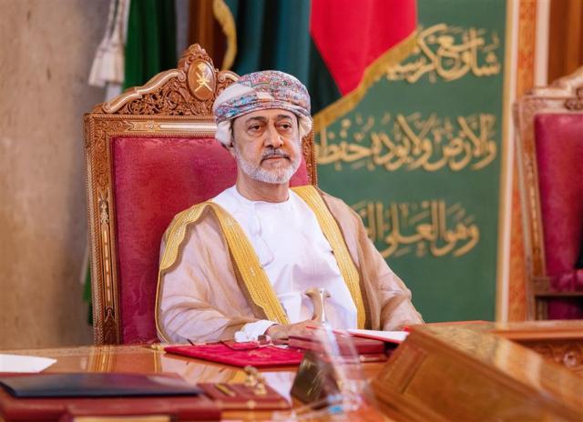 جلالة السلطان يتلقى برقية شكر جوابية من أمير  الكويت