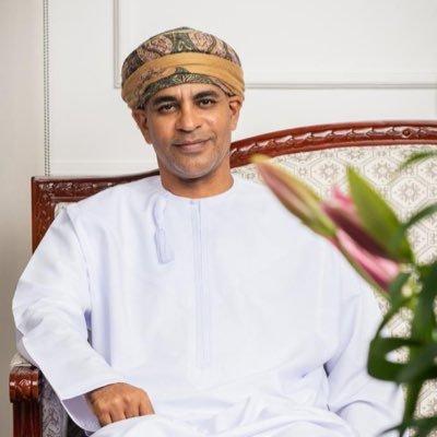 نائب رئيس جامعة السلطان قابوس يعلق على 'مطالبات الدراسة حضوريًا'