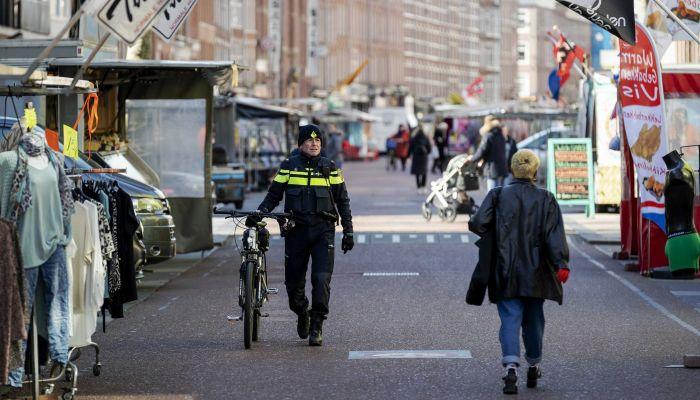 هولندا تعيد فرض العمل من المنزل بعد تزايد إصابات كورونا