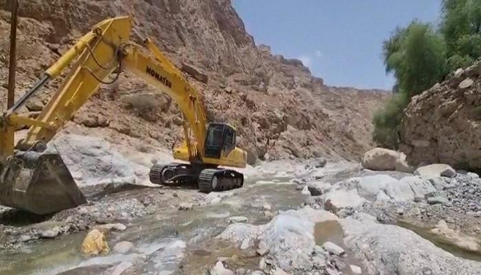 Muscat Municipality fixing damaged roads in flooded wadis