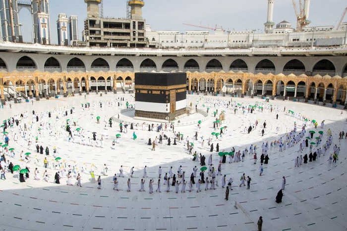 Thousands of vaccinated Muslim pilgrims gather at Mecca to perform Haj with COVID-19 protocols