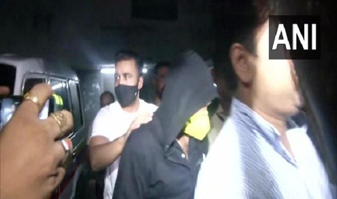 Shilpa Shetty's husband Raj Kundra among 11 held for making pornographic films