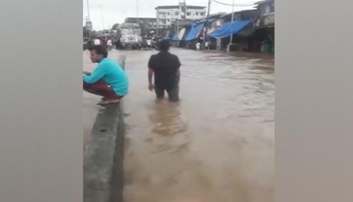 Heavy rain causes waterlogging in Maharashtra's Bhiwadi