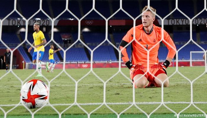Tokyo 2020: Germany's men's football team outclassed by Brazil
