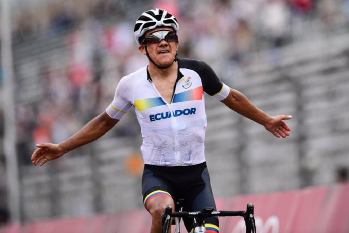 Ecuadorian cyclist Carapaz wins men's road race; South Korea takes 1st archery gold