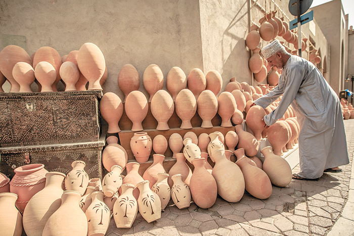 We Love Oman: Traditional pottery industry in Bahla