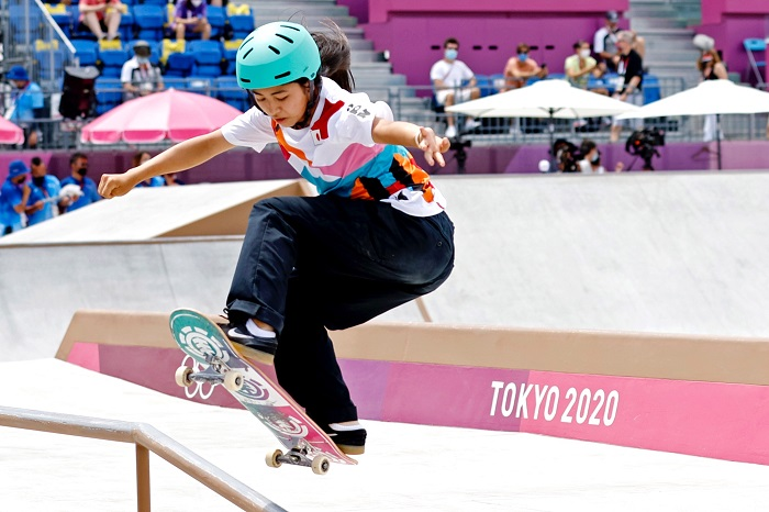 13-year-old Japanese skateboarder wins street gold at Tokyo Olympics