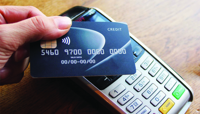 Shopping malls in Oman to go cashless from 2022