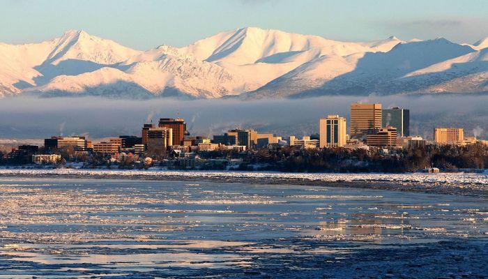 زلزال بقوة 7.3 درجة يضرب ألاسكا.. والسلطات تحذر من وقوع تسونامي