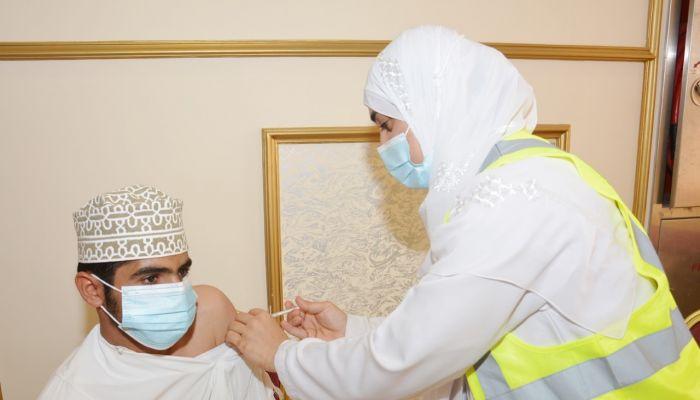 محافظة مسقط تسجل أعلى نسبة تطعيم في السلطنة