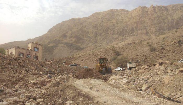 بلدية مسقط تعيد فتح طرق بولاية قريات
