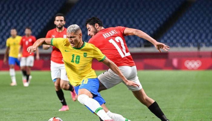 مصر تودع أولمبياد طوكيو في كرة القدم بعد خسارتها أمام البرازيل