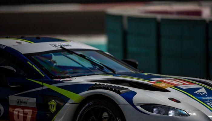 عمانتل ترعى أحمد الحارثي في سباقات بطولات هذا العام إنطلاقاً من بطولة جي تي البريطانية