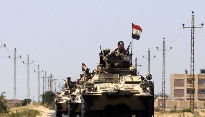 الجيش المصري يعلن عن مقتل وإصابة 8 عسكريين بسيناء