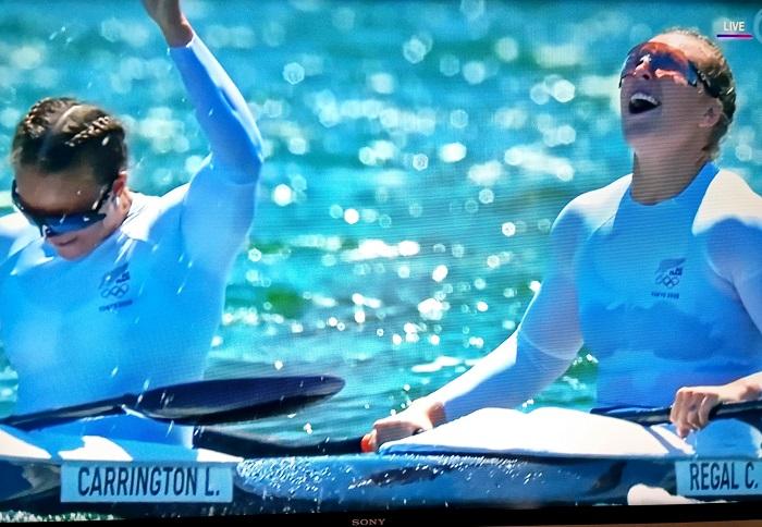 New Zealand win women's kayak double 500m gold