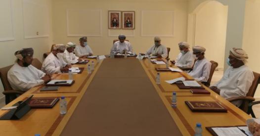 اجتماع لجنة التنمية الاجتماعية بولاية مطرح