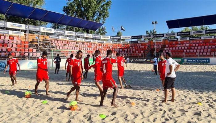 أحمر الشواطئ يواصل تحقيق نتائجه الجيدة بمعسكره الخارجي