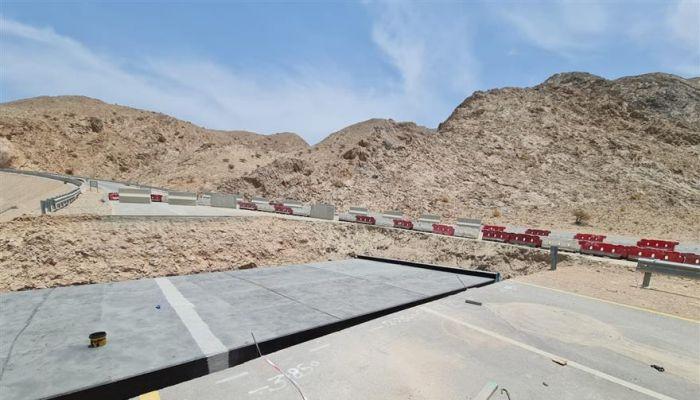 بلدية مسقط تستكمل تنفيذ إنشاء قنوات تصريف مياه الأمطار بمحافظة مسقط