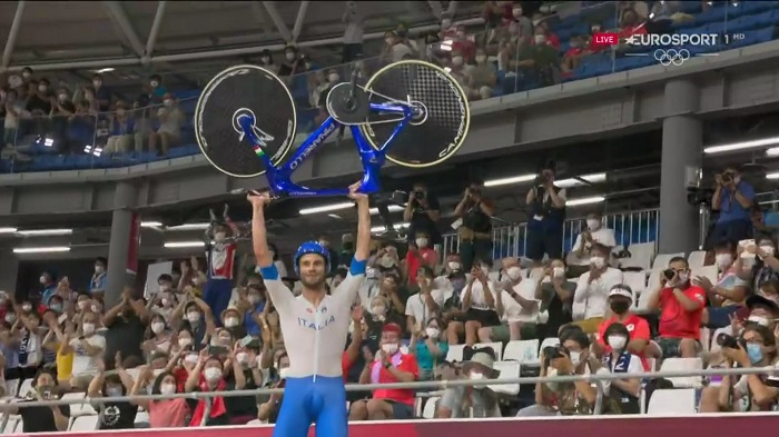 Italy break world record to win cycling track men's team pursuit