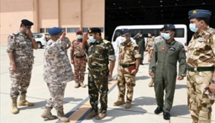 Qatari Armed Forces Chief leaves Oman