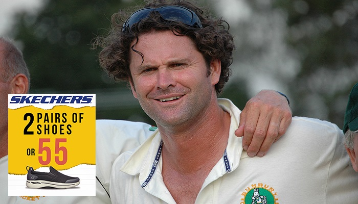 Chris Cairns off life support after surgery, 'able to communicate with family'