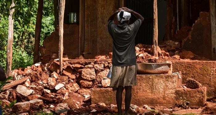 Haiti grows desperate as aid fails to reach the needy