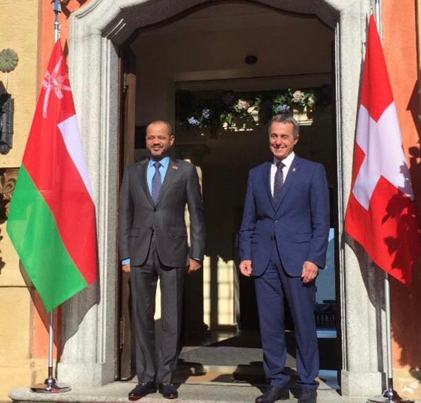 وزير الخارجية يعقد جلسة مباحثات سياسية في سويسرا