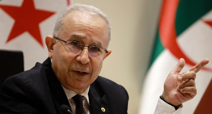 Algeria severs diplomatic ties with Morocco
