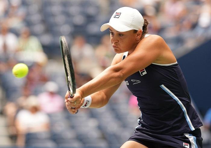 Barty, Djokovic roll into third round of U.S. Open