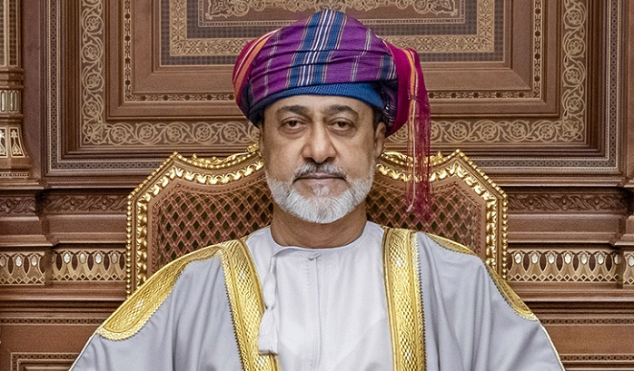 His Majesty the Sultan greets Captains-Regent of San Marino