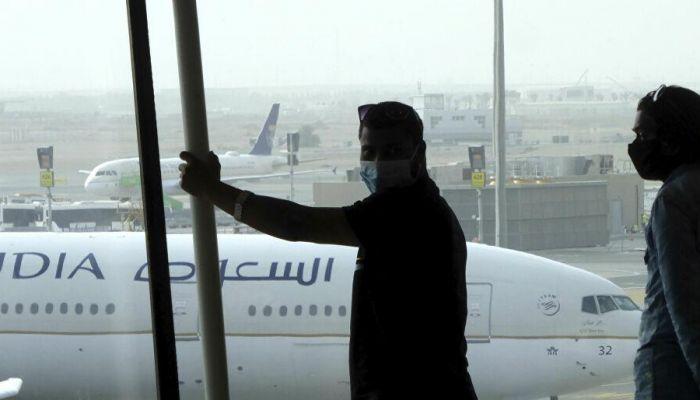 السعودية ترفع قيود السفر مع الإمارات ودول أخرى