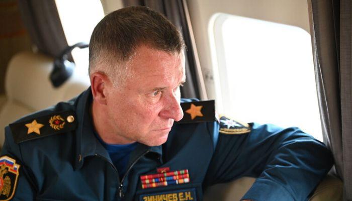 وفاة وزير الطوارئ الروسي جراء حادث وقع خلال تدريبات