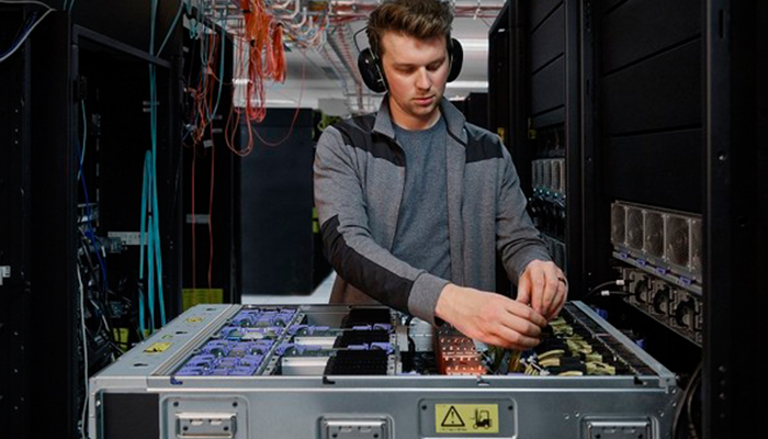 IBM unveils new generation of IBM power servers for frictionless, scalable hybrid cloud