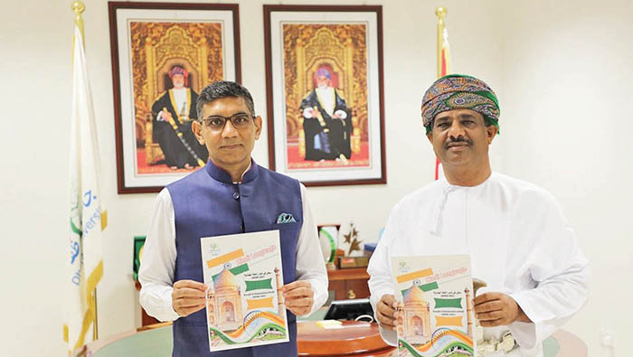 Hindi language course formally launched in Dhofar University