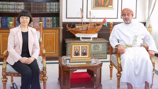 Oman Minister meets Chinese  Ambassador