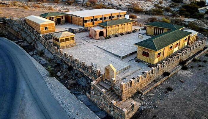 اكتمال إنشاء القرية الحرفية التراثية بولاية الحمراء