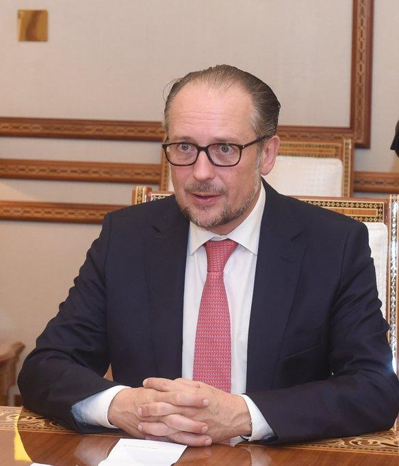 وزير نمساوي يصف السلطنة بــ 'مركز الهدوء والتوازن في منطقة مليئة بالاضطرابات'