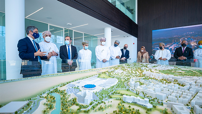 Minister visits Tilal Al Irfan's Sales & Experience Centre