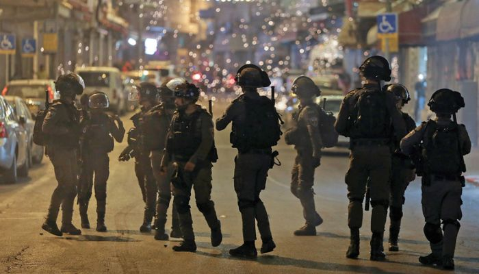 الكيان الصهيوني يغلق مجاله الجوي مع استمرار البحث عن الأسيرين المطاردين