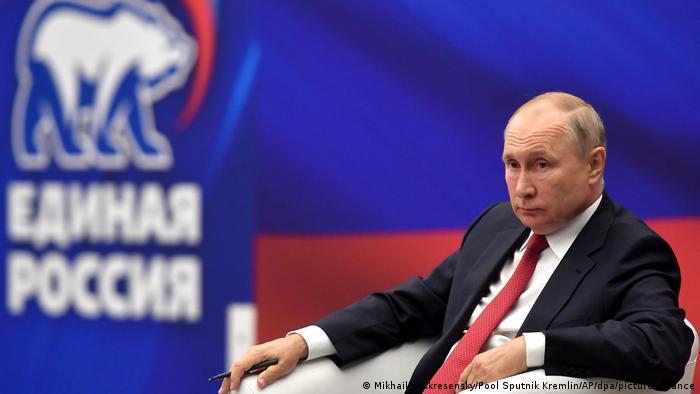 Russia: Putin says 'dozens' in Kremlin have COVID