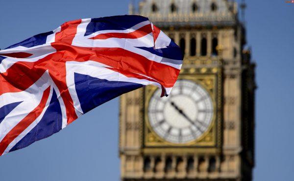 بريطانيا ترفع اسم السلطنة من القائمة الحمراء ولا حجر صحي للعمانيين