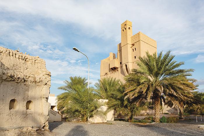We Love Oman:  Traditional Omani architecture of Al Fiqain Castle