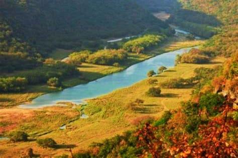 غدا أولى أيام موسم الربيع ( الصرب ) في ظفار