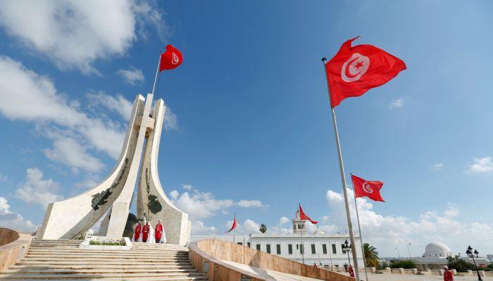 الرئيس التونسي يقرر تمديد العمل بـ 'التدابير الإستثنائية'