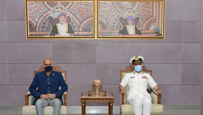 Indian Chief of Naval Staff arrives in Oman