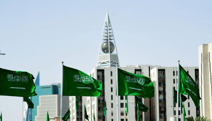 السعودية تفرض عقوبات على استجداء المال عبر منصات التواصل الاجتماعي