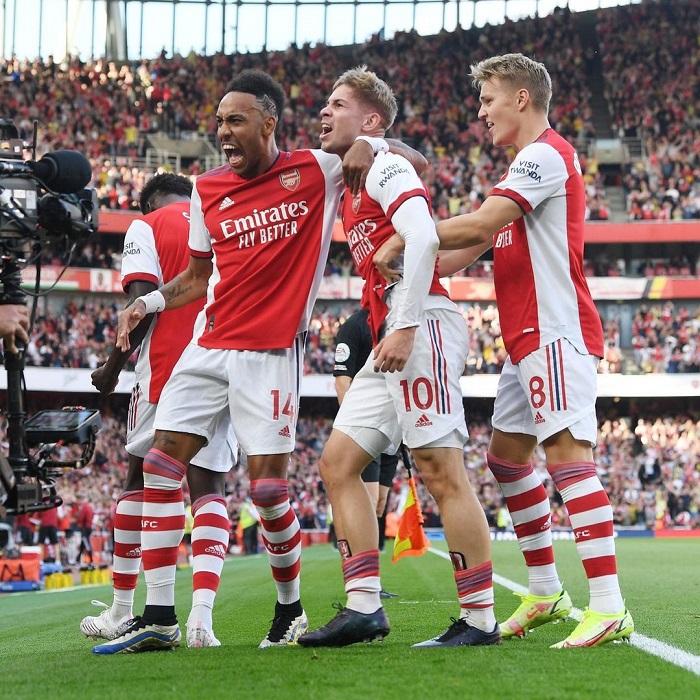 Arsenal beat Tottenham Hotspur 3-1